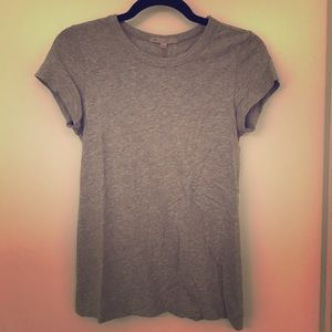 Gap short sleeved gray tee